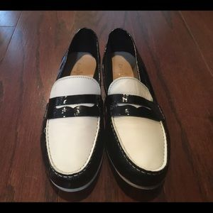 2a87d319ecc8 Cole Haan Shoes - Cole Haan black white spectator classic loafer 8.5